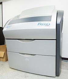 刷版を出力する機械。ガンダムのコクピットのよう(笑)